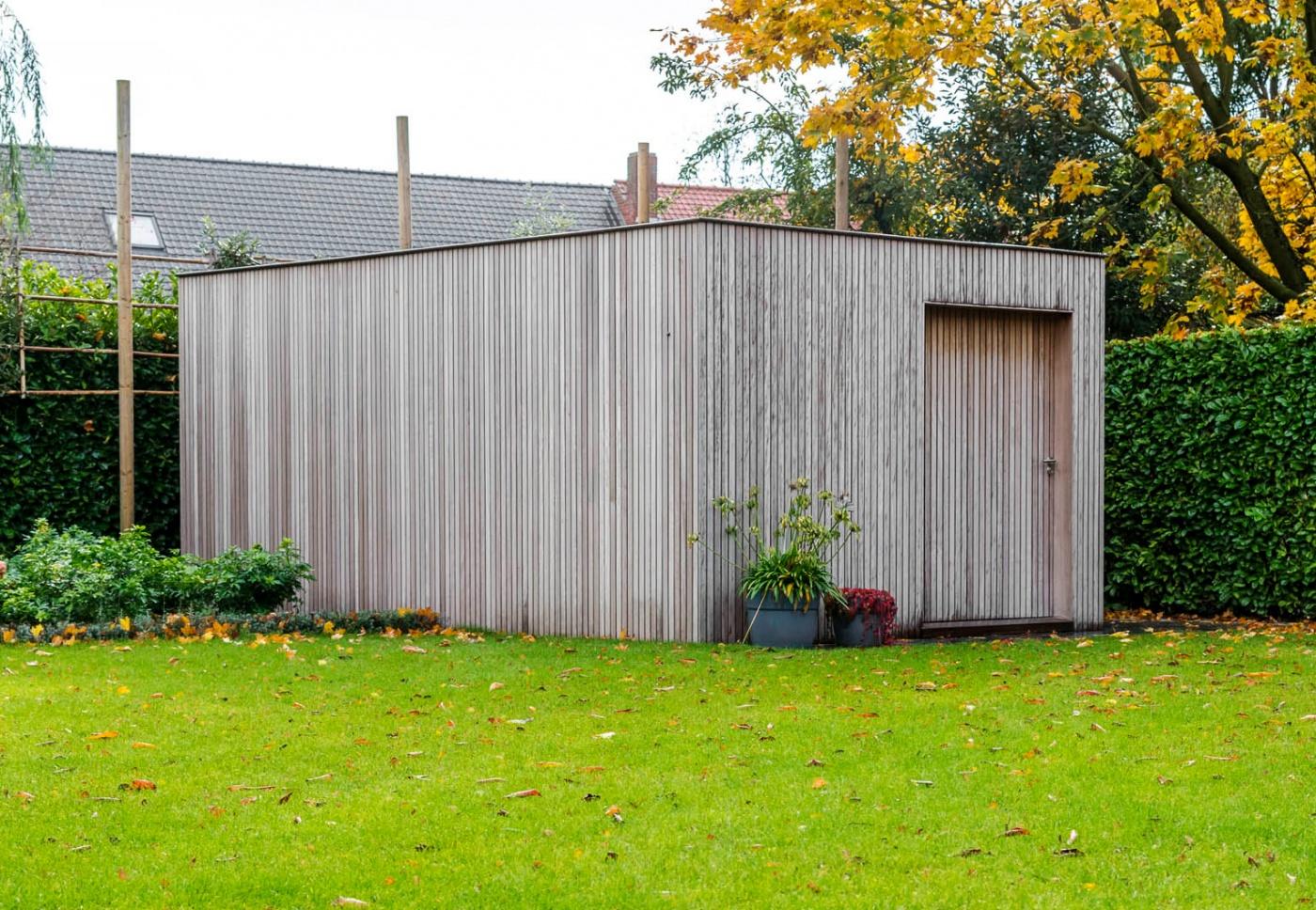 Combi modern houten tuinhuis | moderne houten tuinbergingen